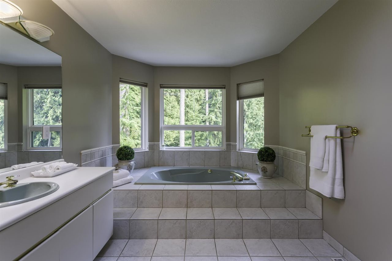 Detached at 1413 MADRONA PLACE, Coquitlam, British Columbia. Image 15