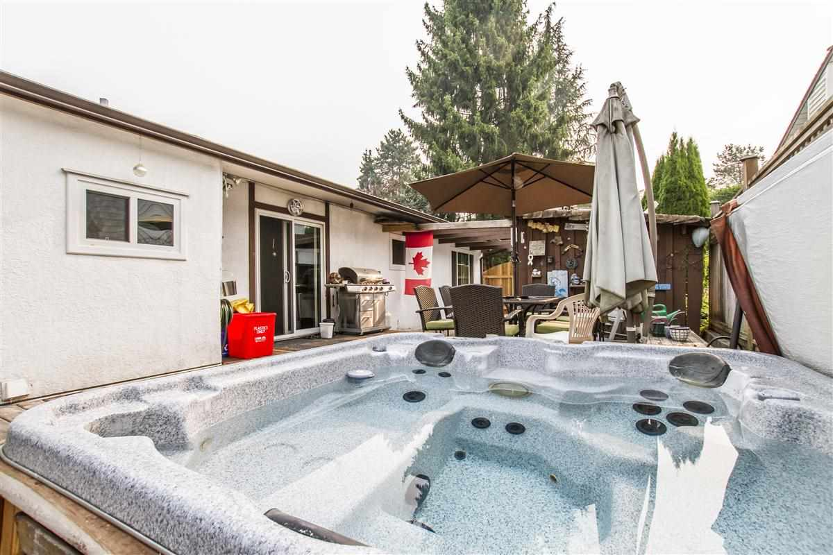 Detached at 22792 123 AVENUE, Maple Ridge, British Columbia. Image 7