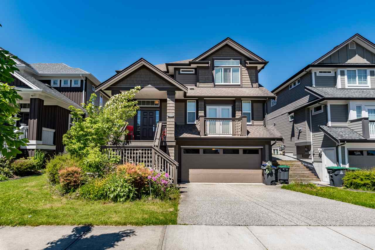 Detached at 7889 170 STREET, Surrey, British Columbia. Image 1