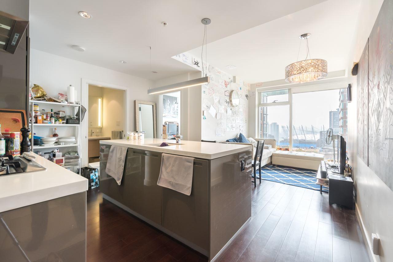 Condo Apartment at 2110 777 RICHARDS STREET, Unit 2110, Vancouver West, British Columbia. Image 3