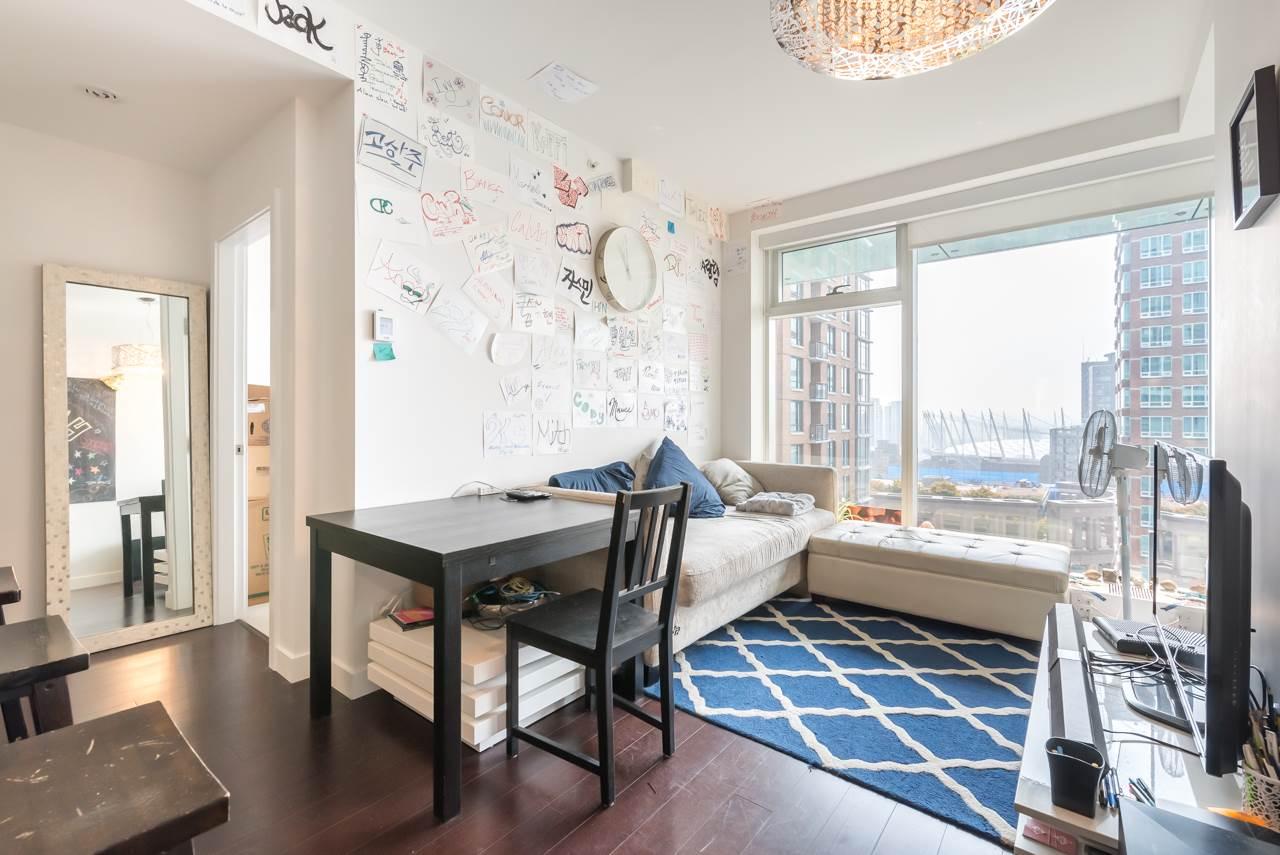 Condo Apartment at 2110 777 RICHARDS STREET, Unit 2110, Vancouver West, British Columbia. Image 6