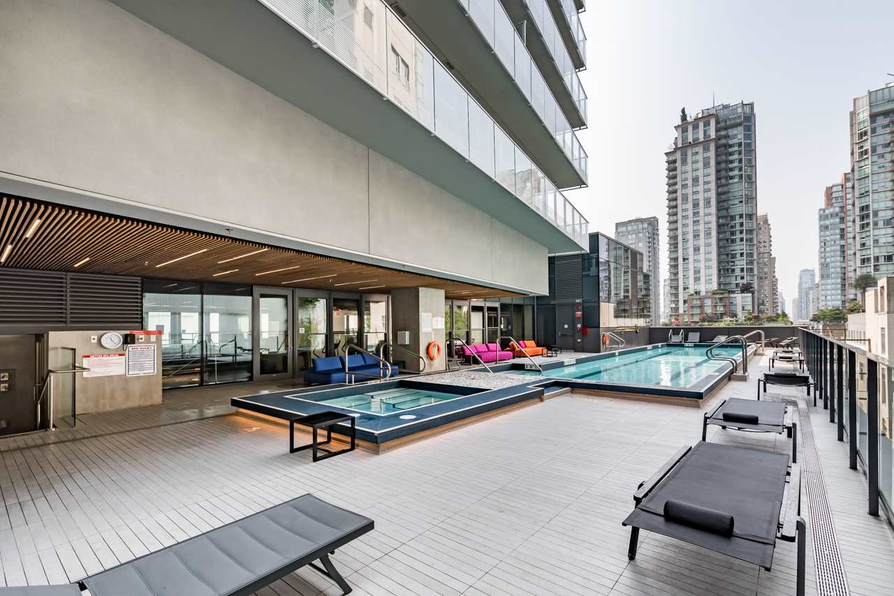 Condo Apartment at 2110 777 RICHARDS STREET, Unit 2110, Vancouver West, British Columbia. Image 17