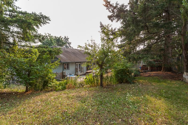 Detached at 10621 WESTSIDE DRIVE, N. Delta, British Columbia. Image 17