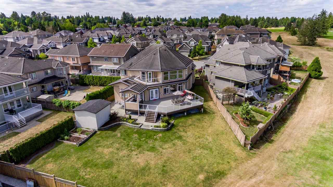 Detached at 7672 151 STREET, Surrey, British Columbia. Image 16