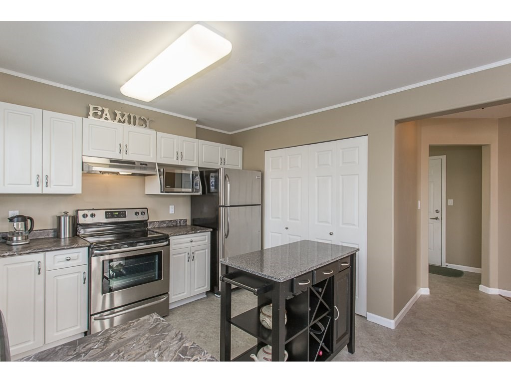 Detached at 8351 MELBURN COURT, Mission, British Columbia. Image 8