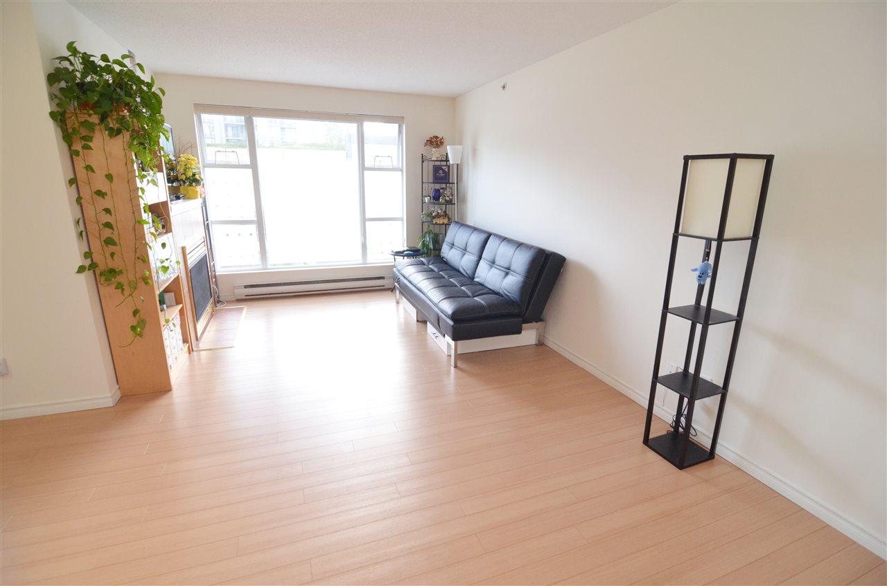 Condo Apartment at 207 1180 PINETREE WAY, Unit 207, Coquitlam, British Columbia. Image 3