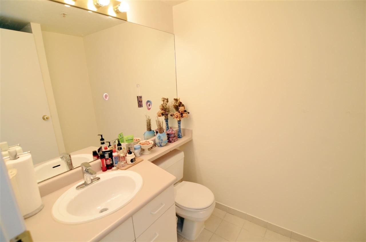 Condo Apartment at 207 1180 PINETREE WAY, Unit 207, Coquitlam, British Columbia. Image 7