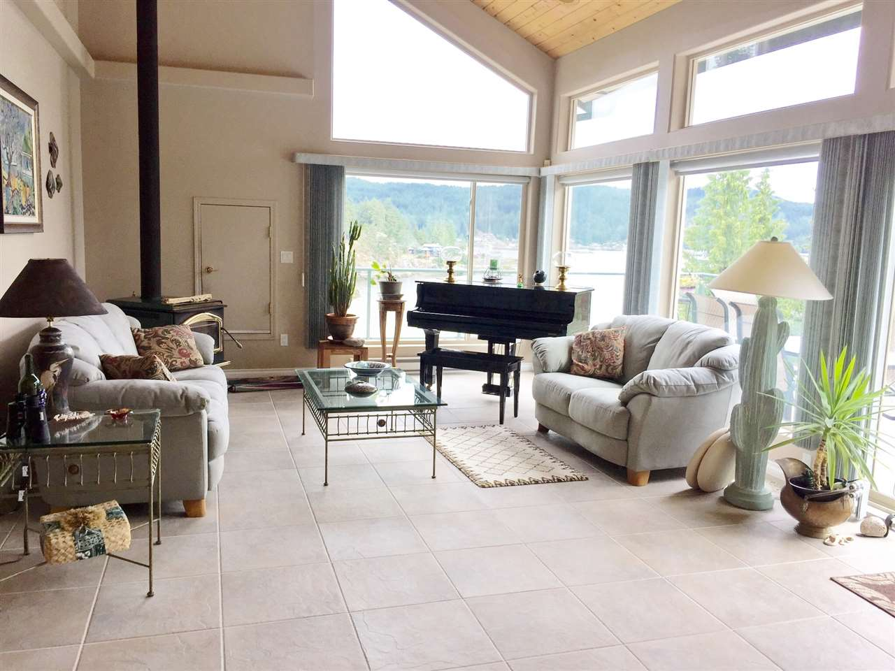 Detached at 9193 TRUMAN ROAD, Sunshine Coast, British Columbia. Image 8