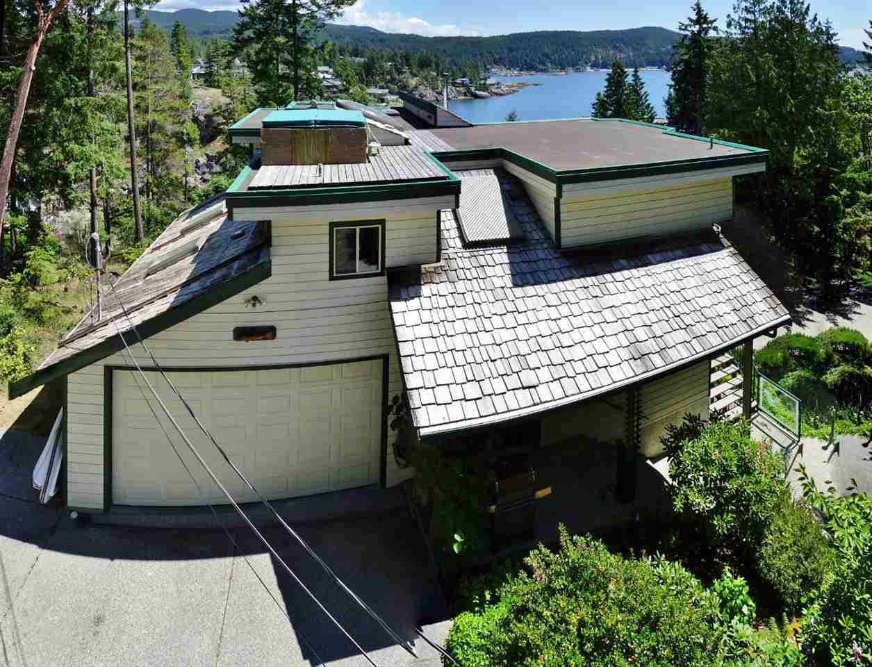 Detached at 9193 TRUMAN ROAD, Sunshine Coast, British Columbia. Image 14