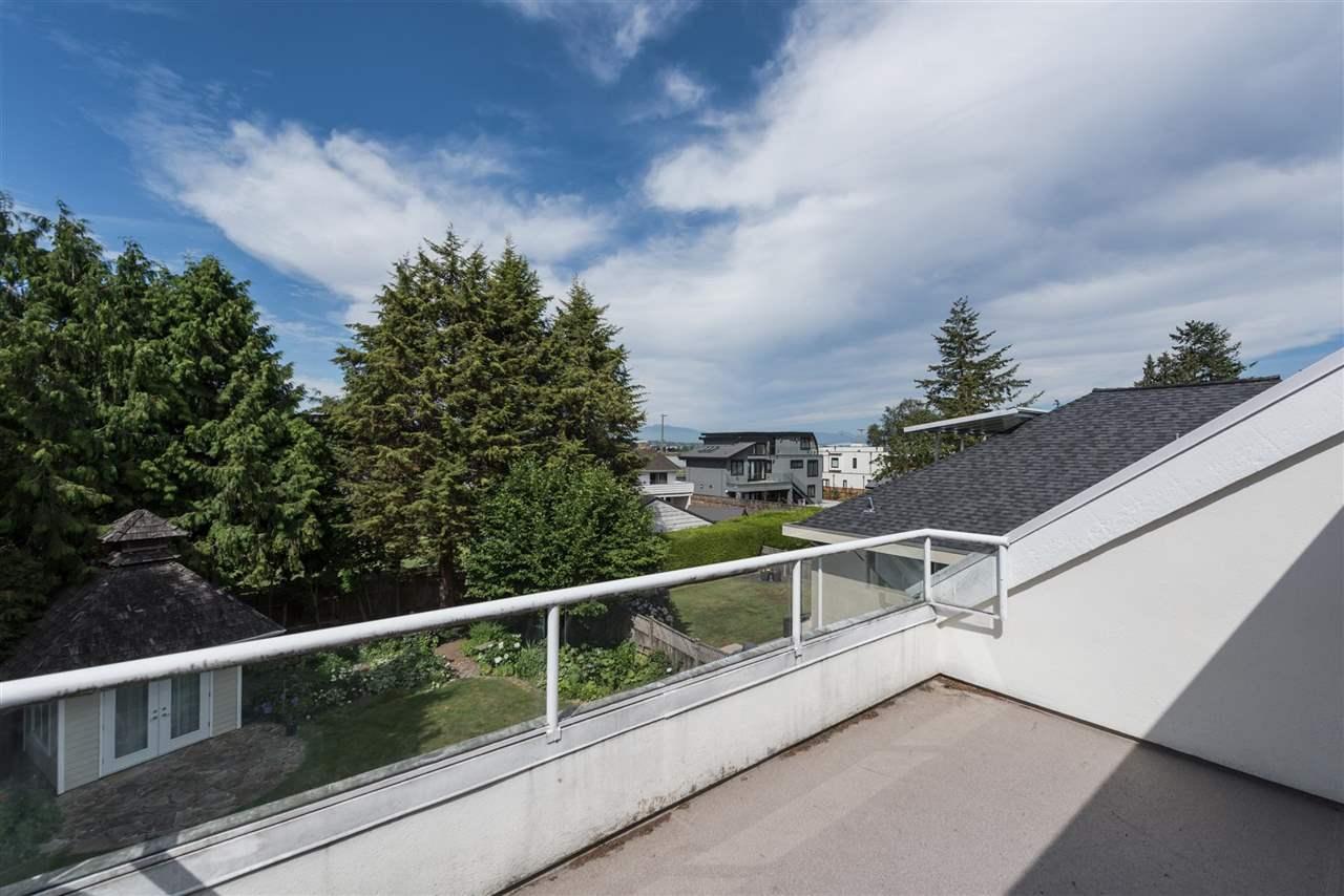 Detached at 5611 FORSYTH CRESCENT, Richmond, British Columbia. Image 12