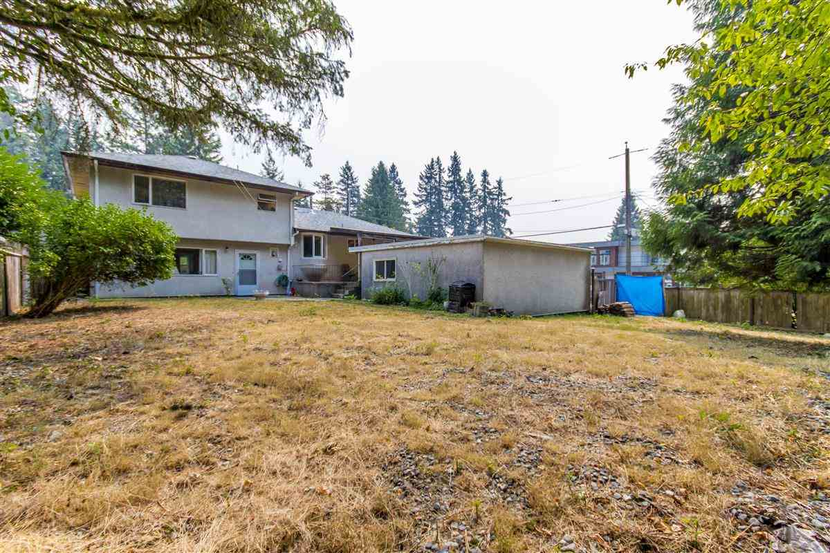 Detached at 4019 HOSKINS ROAD, North Vancouver, British Columbia. Image 10