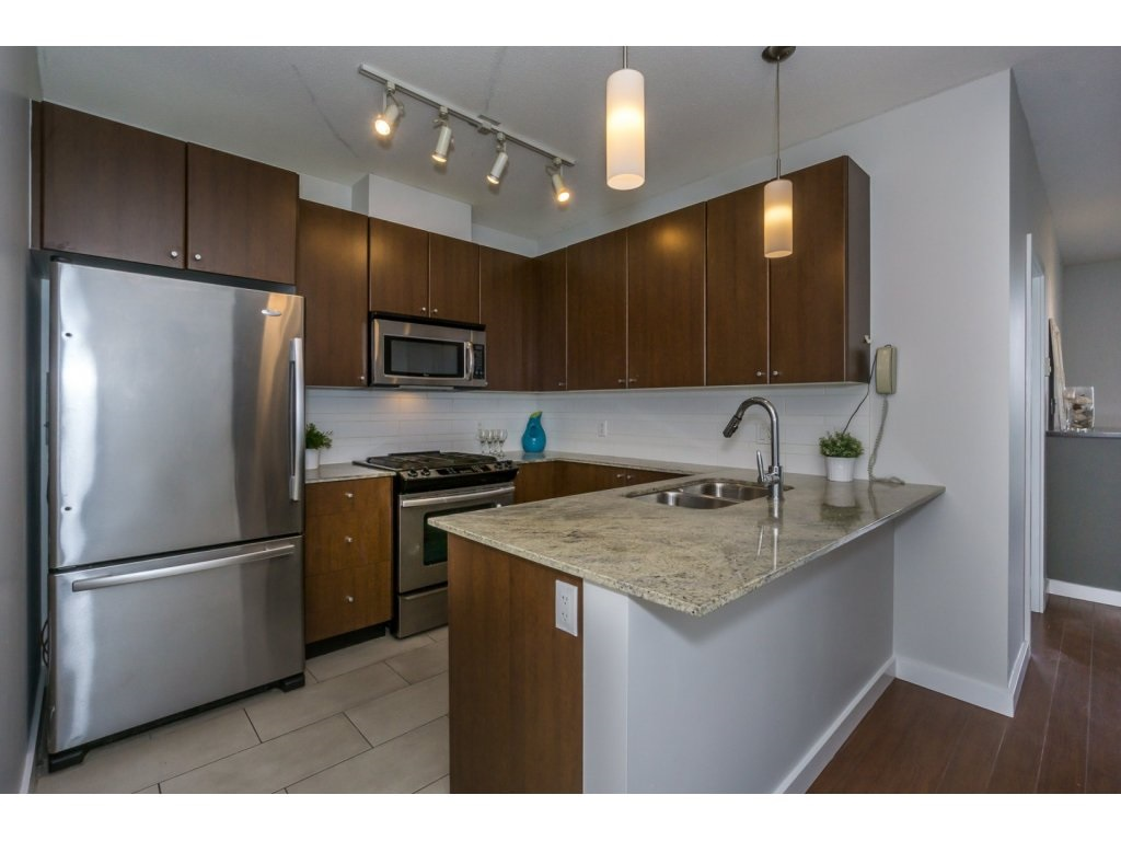 Condo Apartment at 1907 280 ROSS DRIVE, Unit 1907, New Westminster, British Columbia. Image 4
