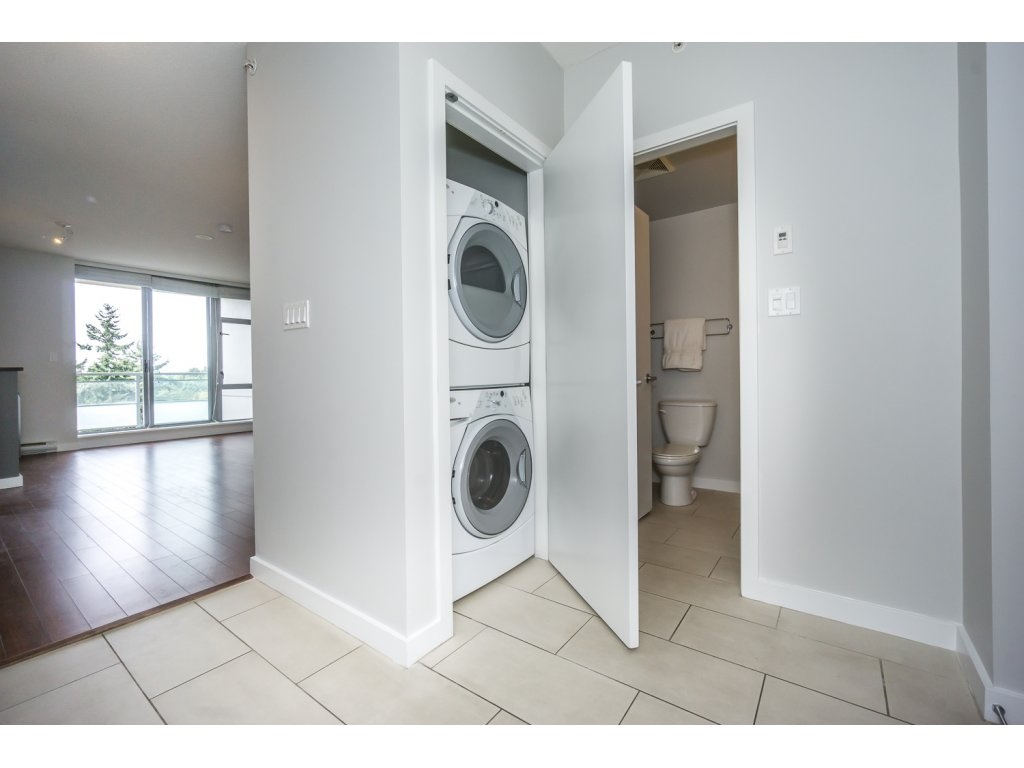 Condo Apartment at 1907 280 ROSS DRIVE, Unit 1907, New Westminster, British Columbia. Image 12