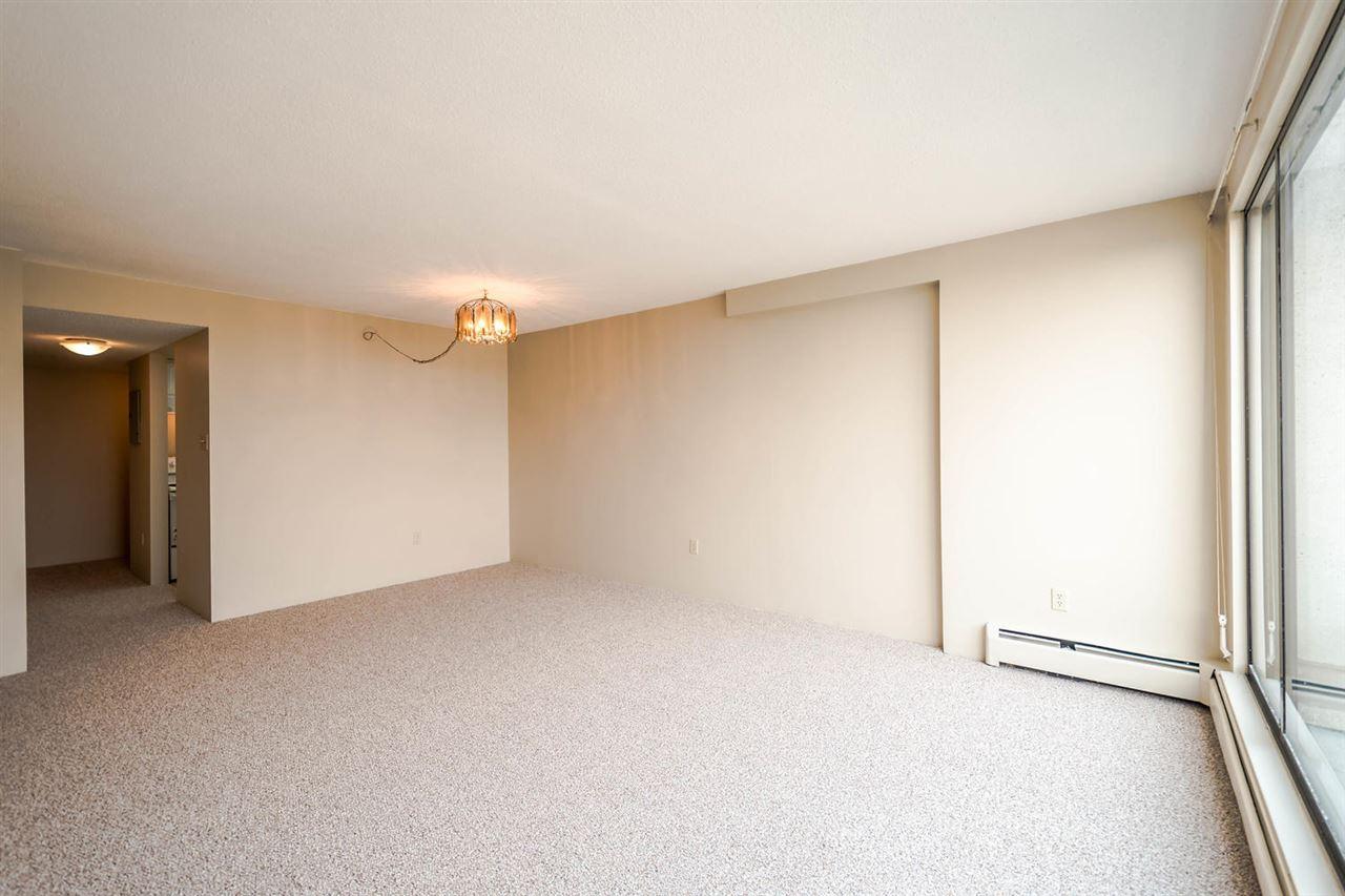 Condo Apartment at 1705 6595 WILLINGDON AVENUE, Unit 1705, Burnaby South, British Columbia. Image 4