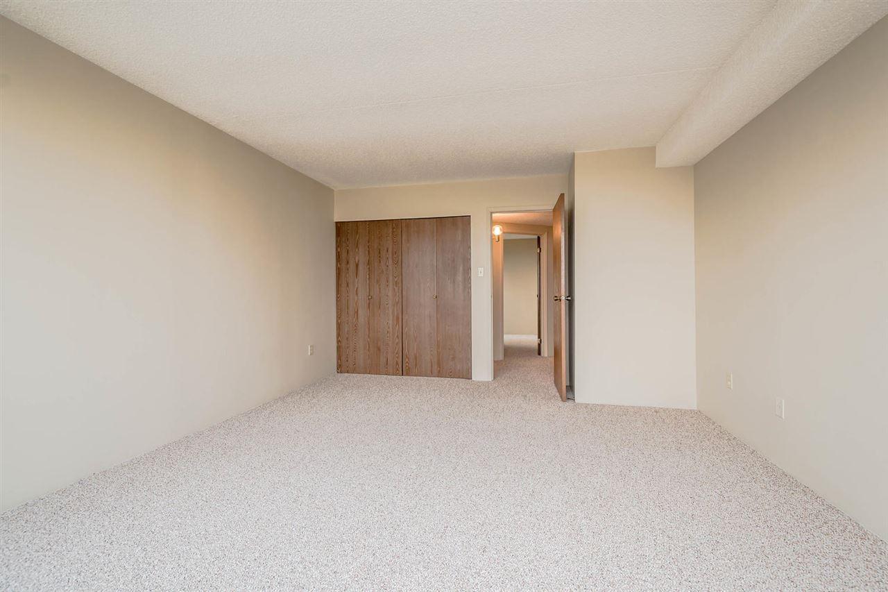 Condo Apartment at 1705 6595 WILLINGDON AVENUE, Unit 1705, Burnaby South, British Columbia. Image 10