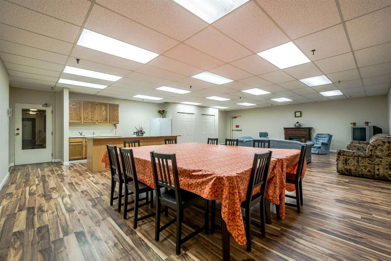 Condo Apartment at 1705 6595 WILLINGDON AVENUE, Unit 1705, Burnaby South, British Columbia. Image 20