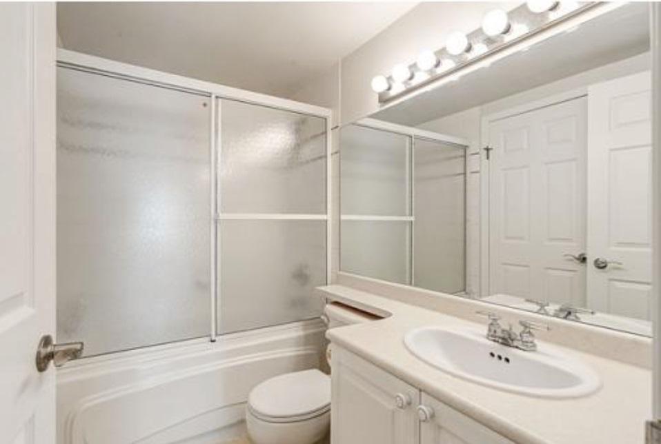 Condo Apartment at 302 2405 KAMLOOPS STREET, Unit 302, Vancouver East, British Columbia. Image 7