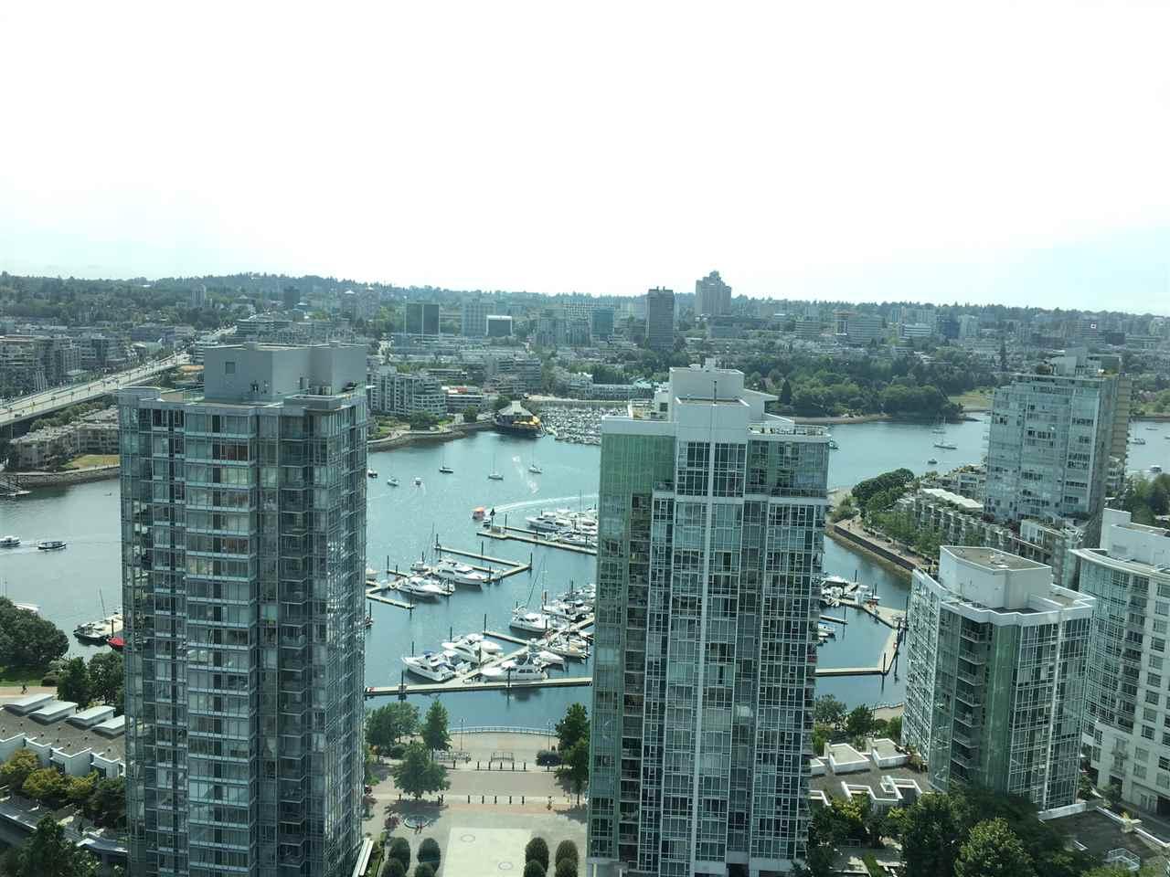 Condo Apartment at 3305 1009 EXPO BOULEVARD, Unit 3305, Vancouver West, British Columbia. Image 1