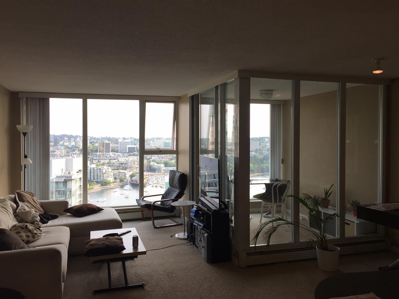 Condo Apartment at 3305 1009 EXPO BOULEVARD, Unit 3305, Vancouver West, British Columbia. Image 4
