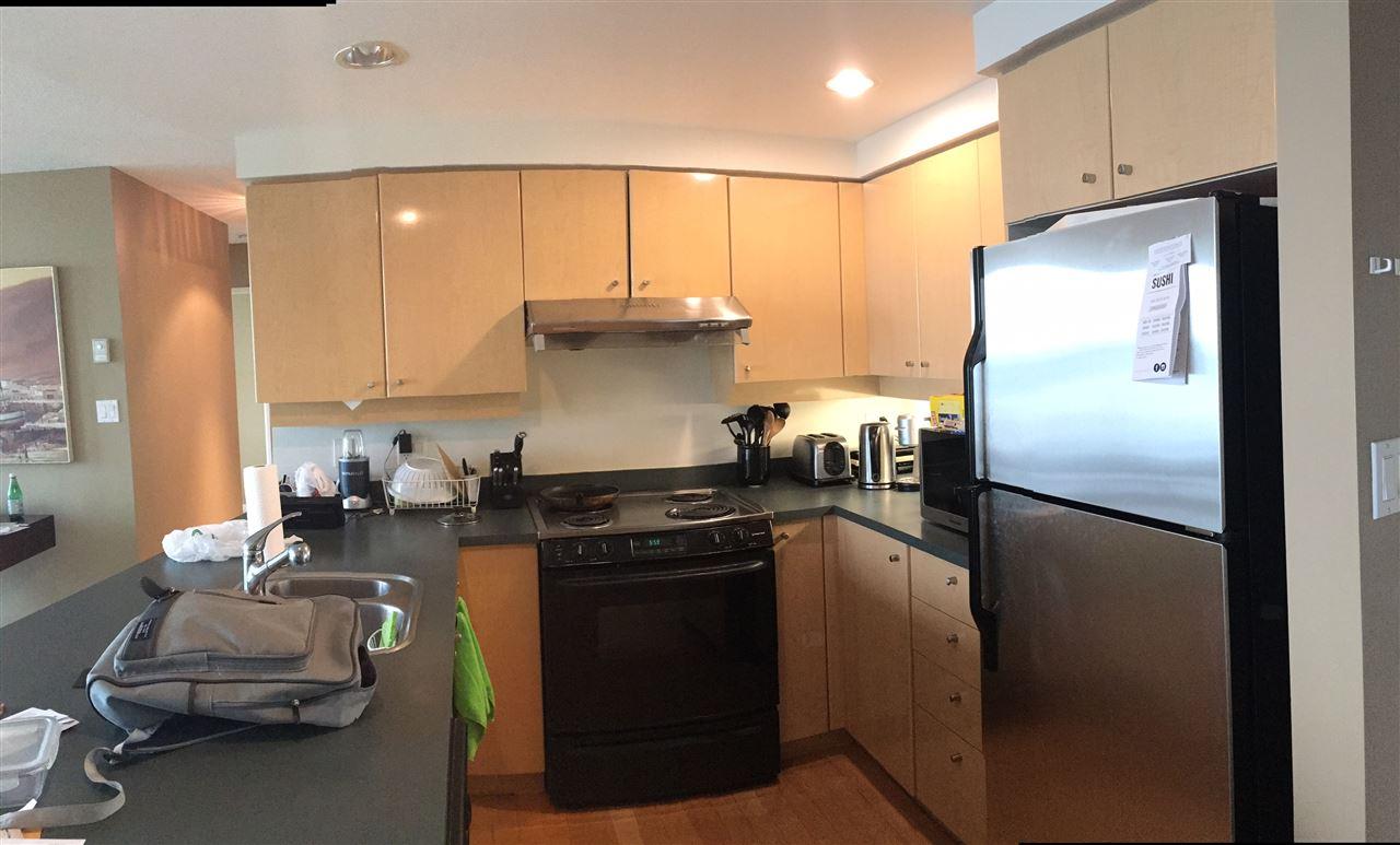 Condo Apartment at 3305 1009 EXPO BOULEVARD, Unit 3305, Vancouver West, British Columbia. Image 7