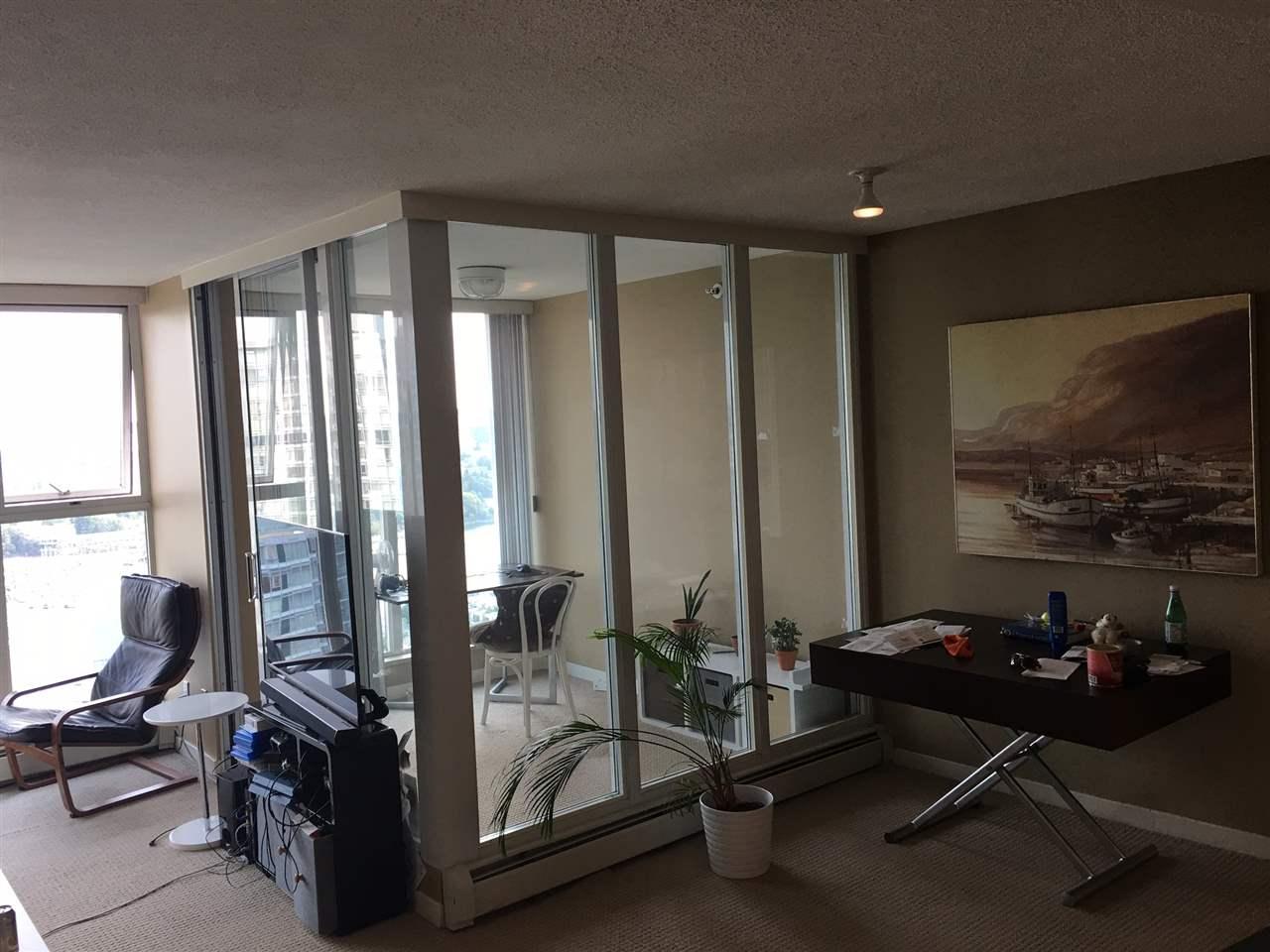 Condo Apartment at 3305 1009 EXPO BOULEVARD, Unit 3305, Vancouver West, British Columbia. Image 12