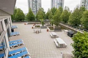Condo Apartment at 3305 1009 EXPO BOULEVARD, Unit 3305, Vancouver West, British Columbia. Image 17