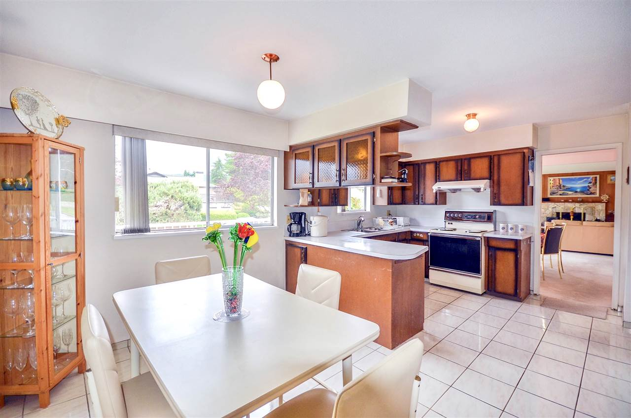 Detached at 7550 DORCHESTER DRIVE, Burnaby North, British Columbia. Image 8