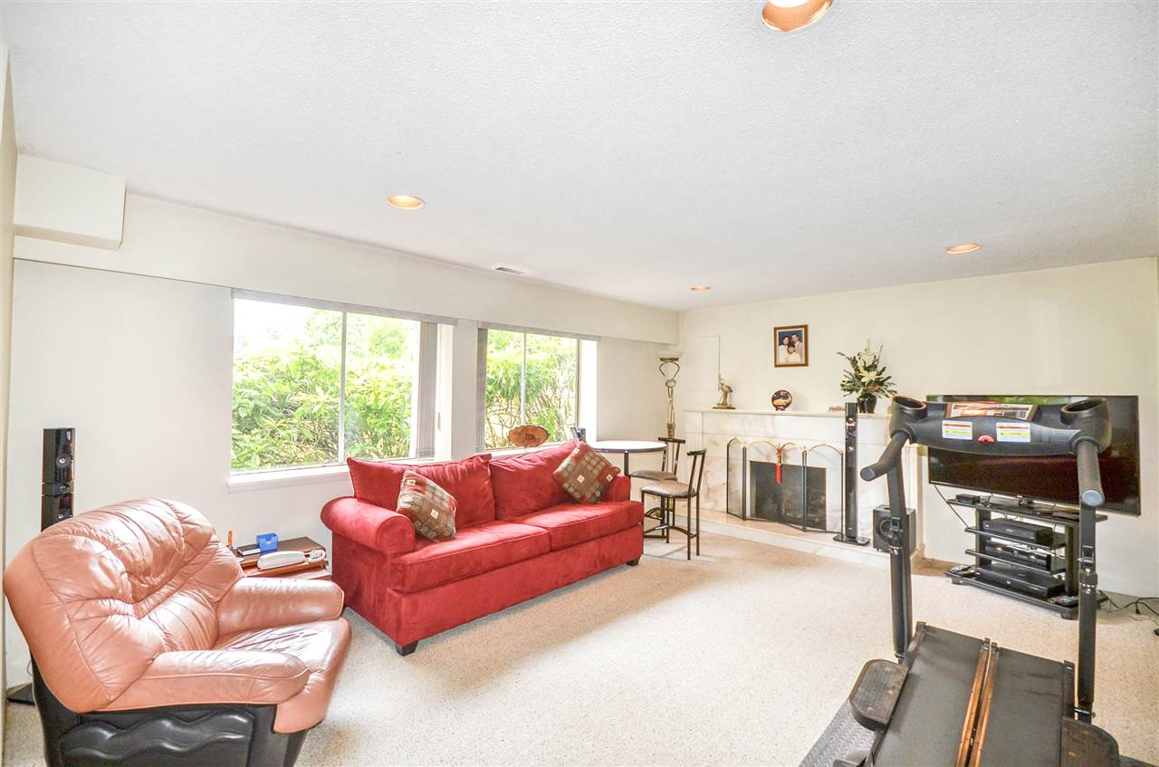 Detached at 7550 DORCHESTER DRIVE, Burnaby North, British Columbia. Image 13