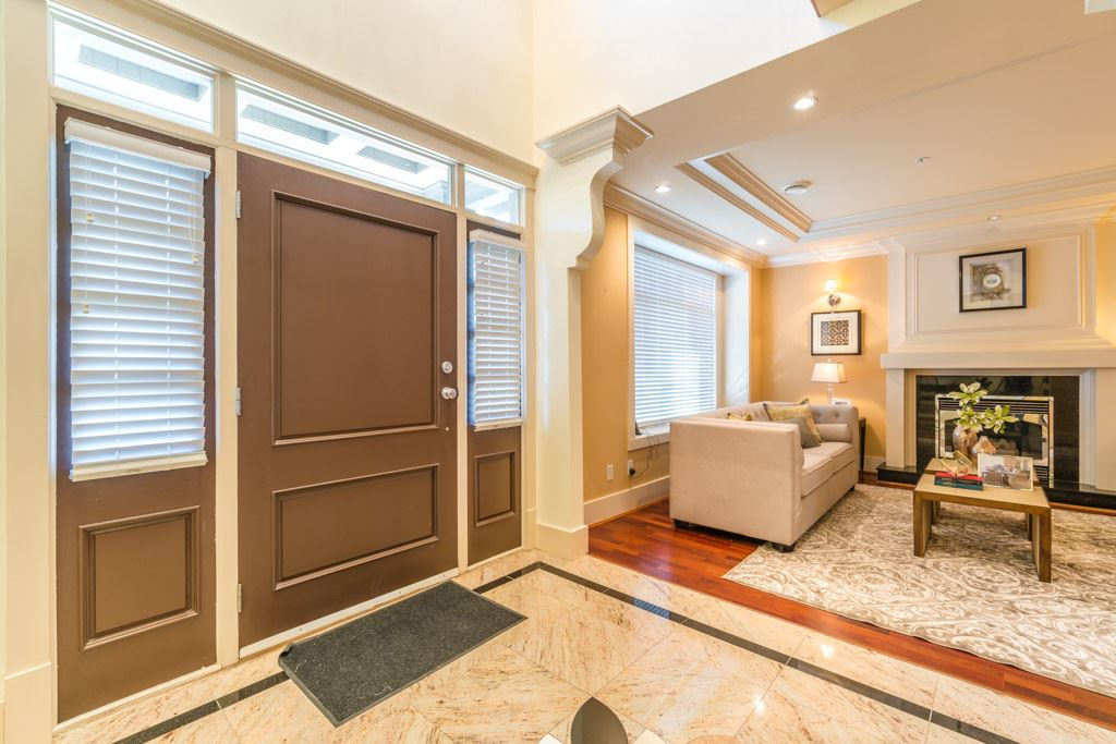 Detached at 766 E 53RD AVENUE, Vancouver East, British Columbia. Image 2
