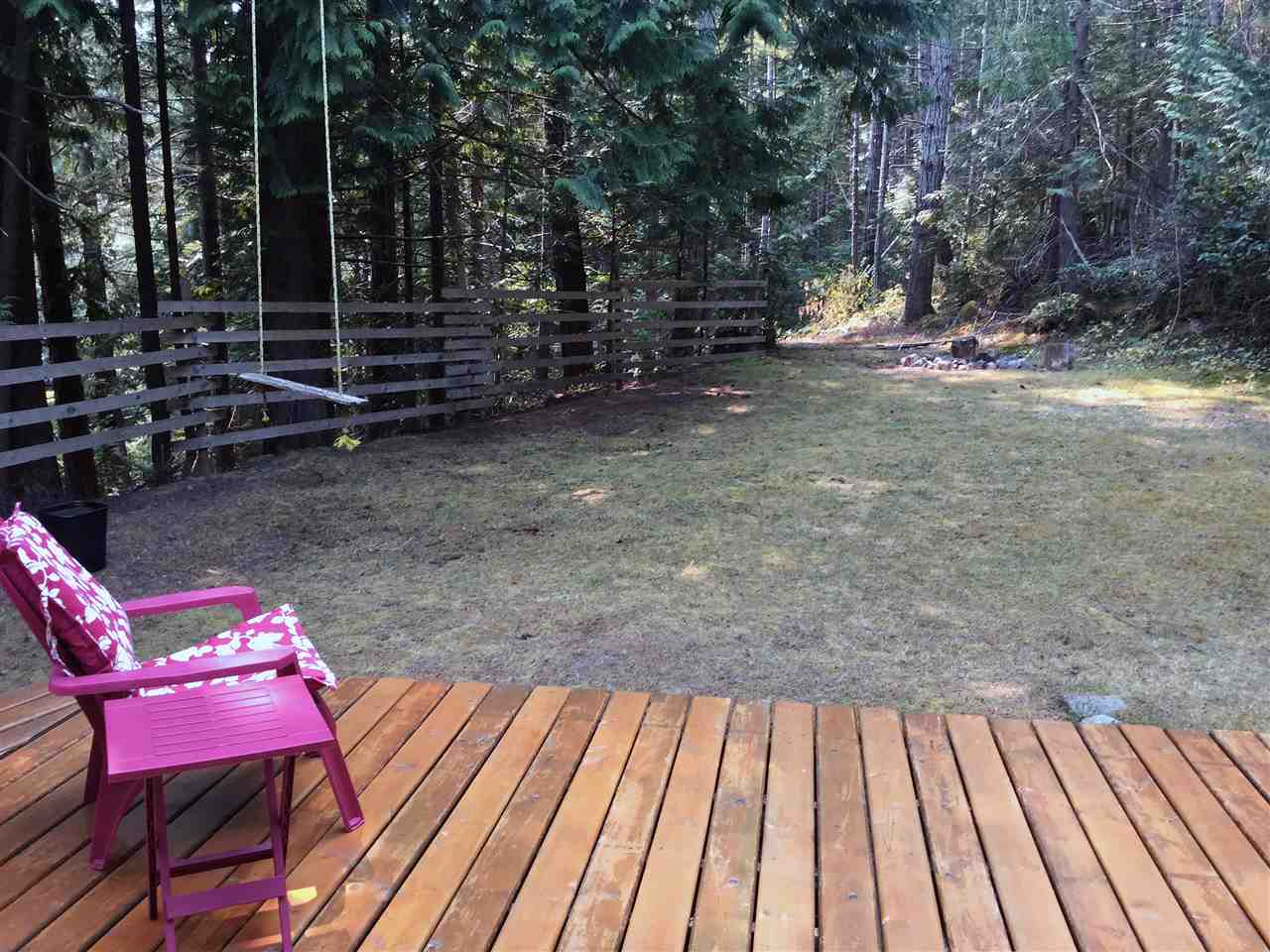 Detached at 12715 LAGOON ROAD, Sunshine Coast, British Columbia. Image 4