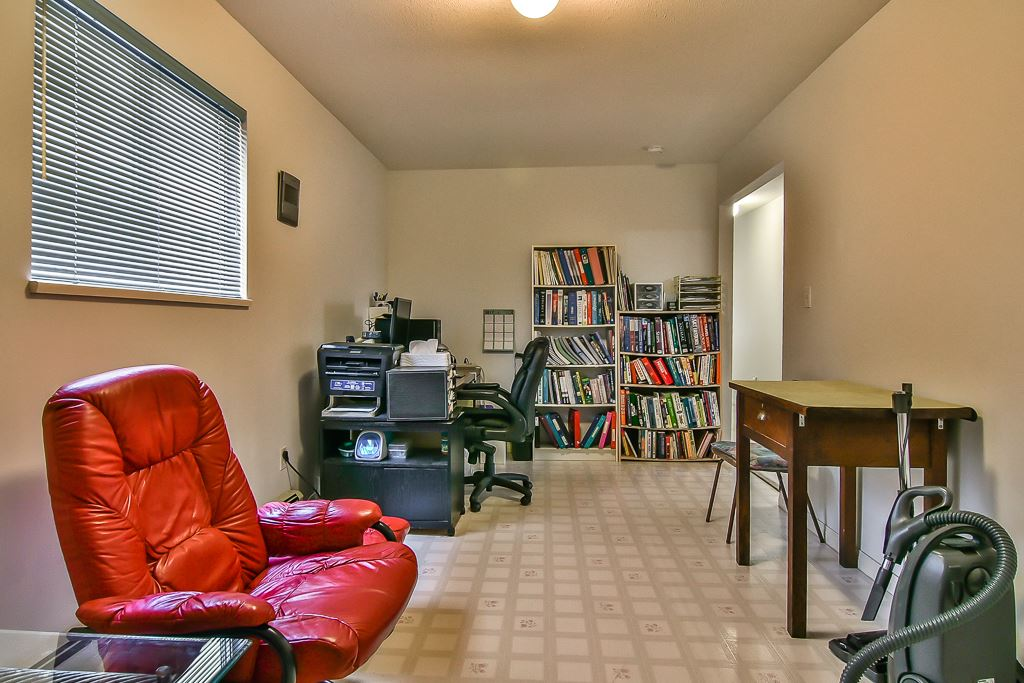 Detached at 7582 IMPERIAL STREET, Burnaby South, British Columbia. Image 7