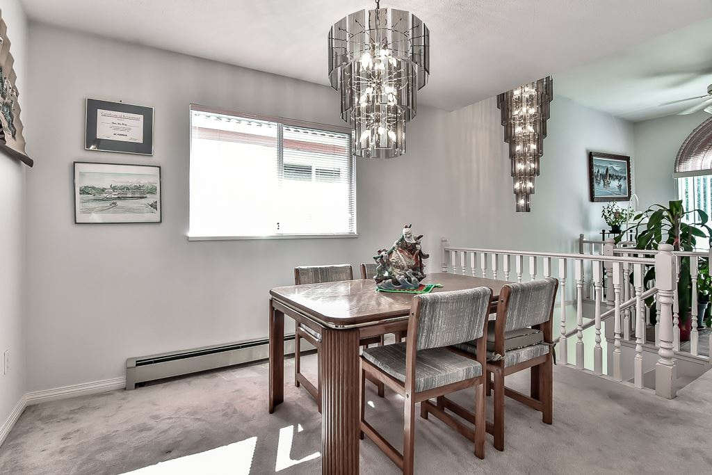 Detached at 7582 IMPERIAL STREET, Burnaby South, British Columbia. Image 10