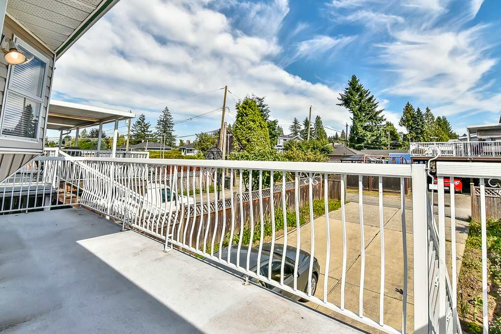 Detached at 7582 IMPERIAL STREET, Burnaby South, British Columbia. Image 19