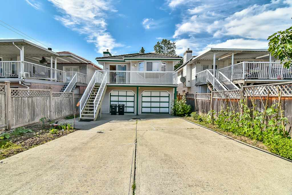 Detached at 7582 IMPERIAL STREET, Burnaby South, British Columbia. Image 20