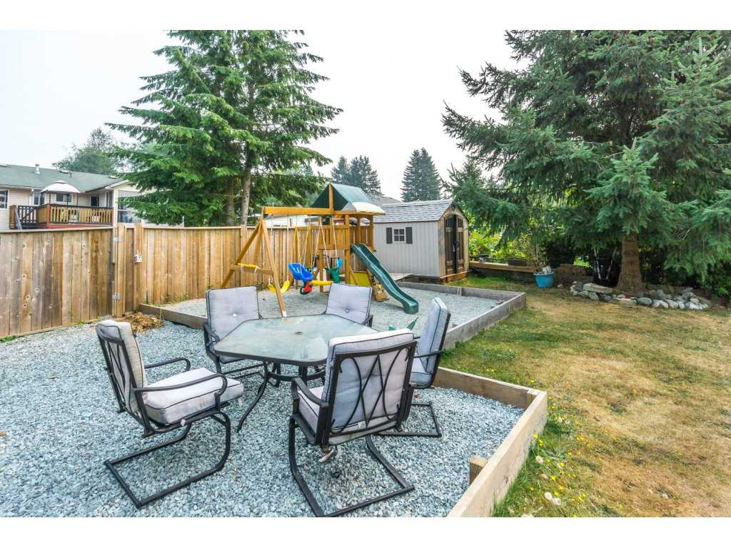 Detached at 32729 BADGER AVENUE, Mission, British Columbia. Image 16