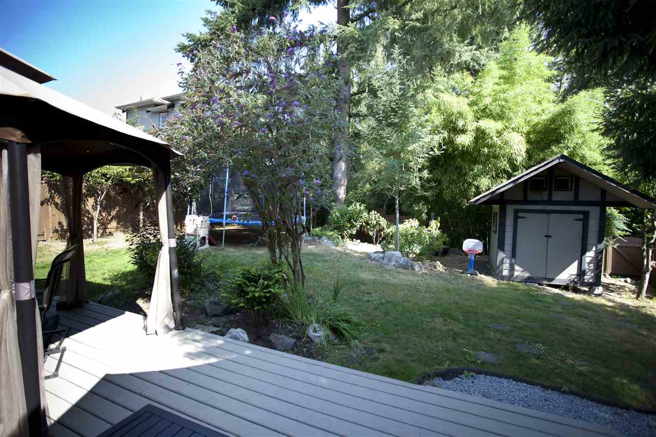 Detached at 13230 237A STREET, Maple Ridge, British Columbia. Image 15