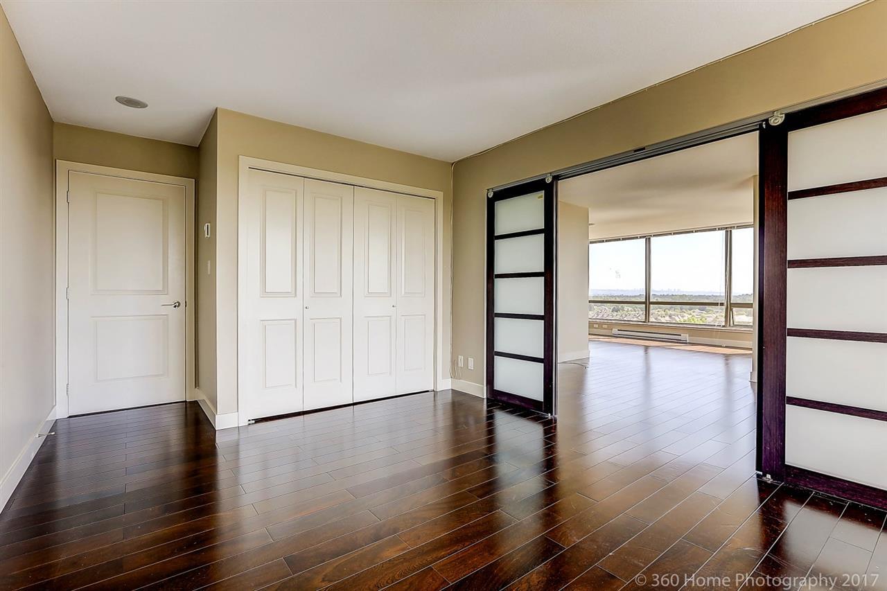 Condo Apartment at 1501 6333 KATSURA STREET, Unit 1501, Richmond, British Columbia. Image 7