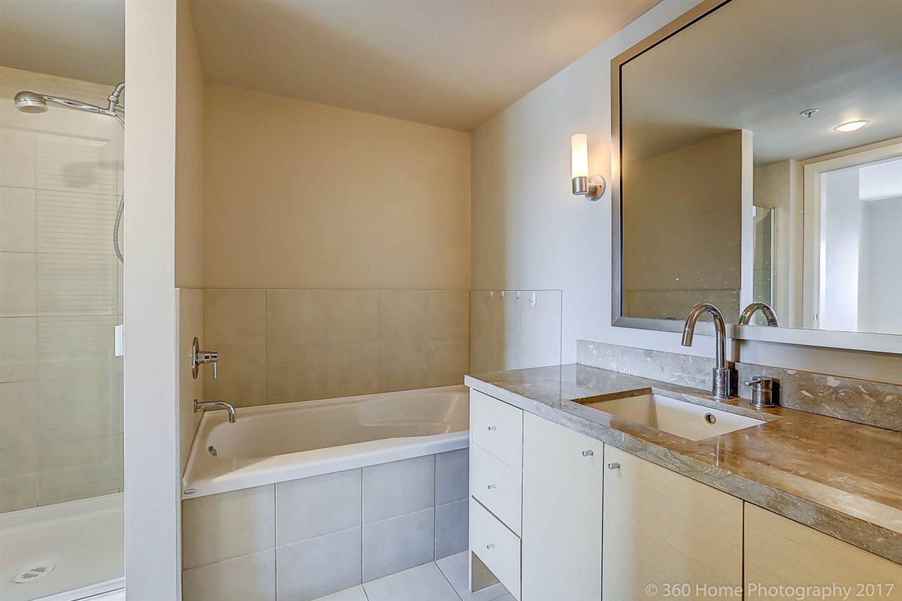 Condo Apartment at 1501 6333 KATSURA STREET, Unit 1501, Richmond, British Columbia. Image 13