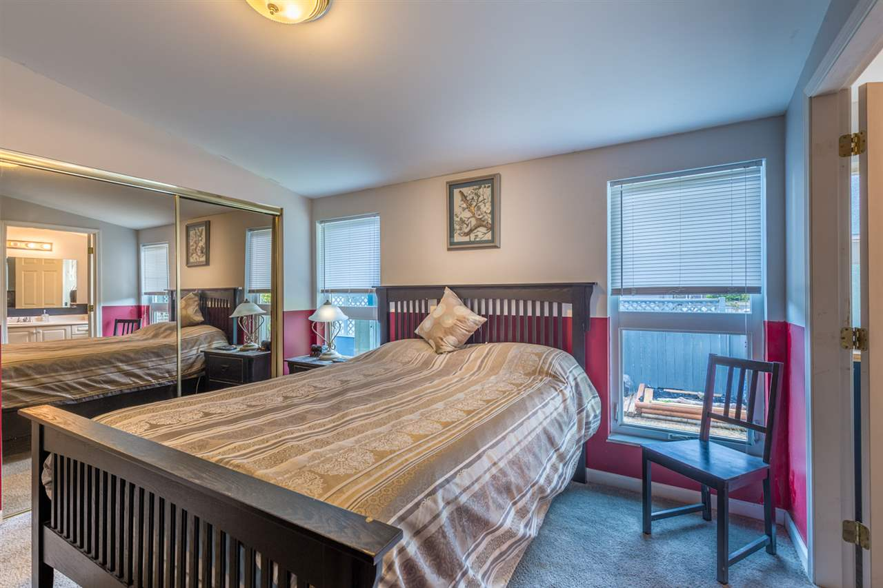 Detached at 6512 BJORN PLACE, Sunshine Coast, British Columbia. Image 6