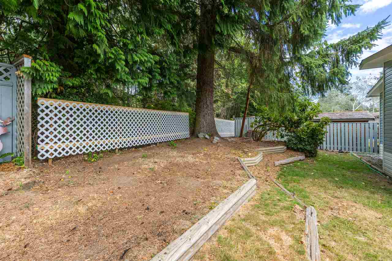 Detached at 6512 BJORN PLACE, Sunshine Coast, British Columbia. Image 11