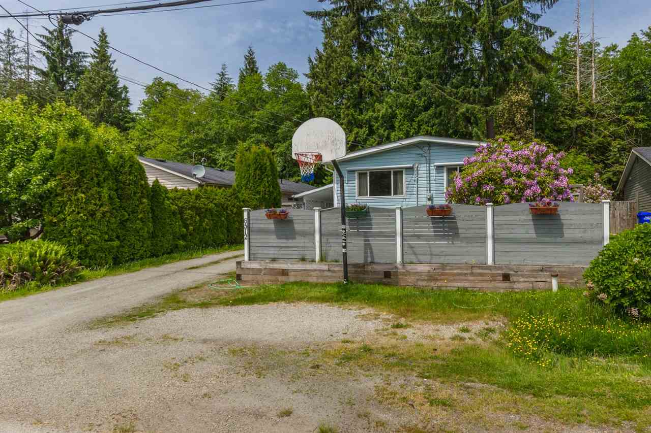 Detached at 6512 BJORN PLACE, Sunshine Coast, British Columbia. Image 14