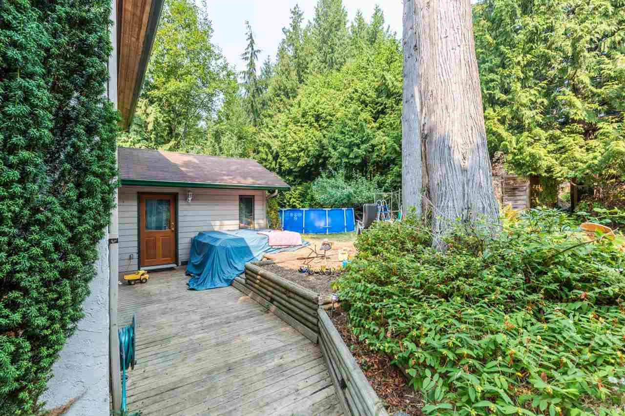 Detached at 8092 DOGWOOD DRIVE, Sunshine Coast, British Columbia. Image 15