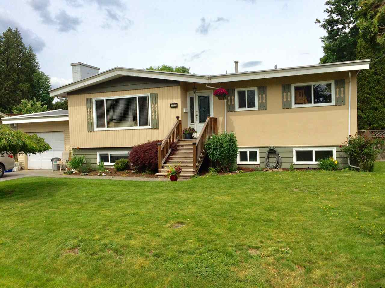 Detached at 33333 HOLLAND AVENUE, Abbotsford, British Columbia. Image 1