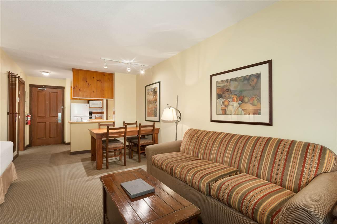 Condo Apartment at 620 4899 PAINTED CLIFF ROAD, Unit 620, Whistler, British Columbia. Image 3