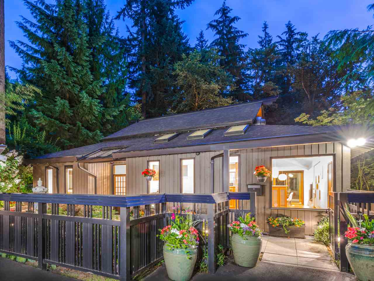 Detached at 329 CARTELIER ROAD, North Vancouver, British Columbia. Image 1