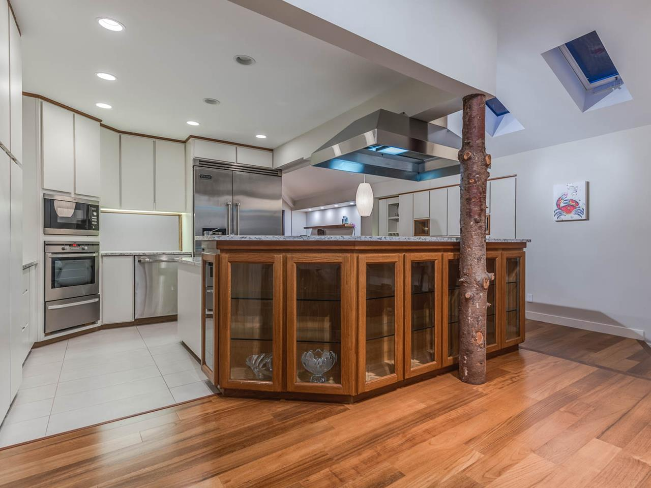 Detached at 329 CARTELIER ROAD, North Vancouver, British Columbia. Image 8