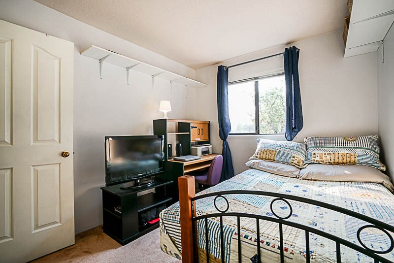 Condo Apartment at 111 777 EIGHTH STREET, Unit 111, New Westminster, British Columbia. Image 14