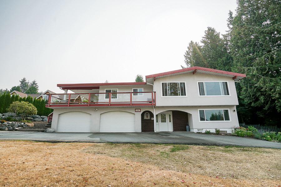 Detached at 5516 146 STREET, Surrey, British Columbia. Image 1