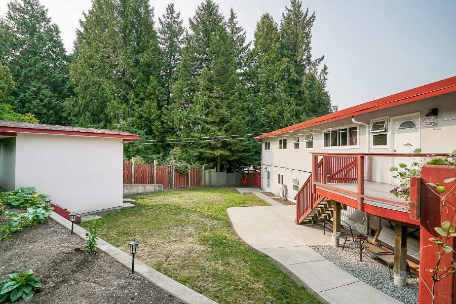 Detached at 5516 146 STREET, Surrey, British Columbia. Image 18