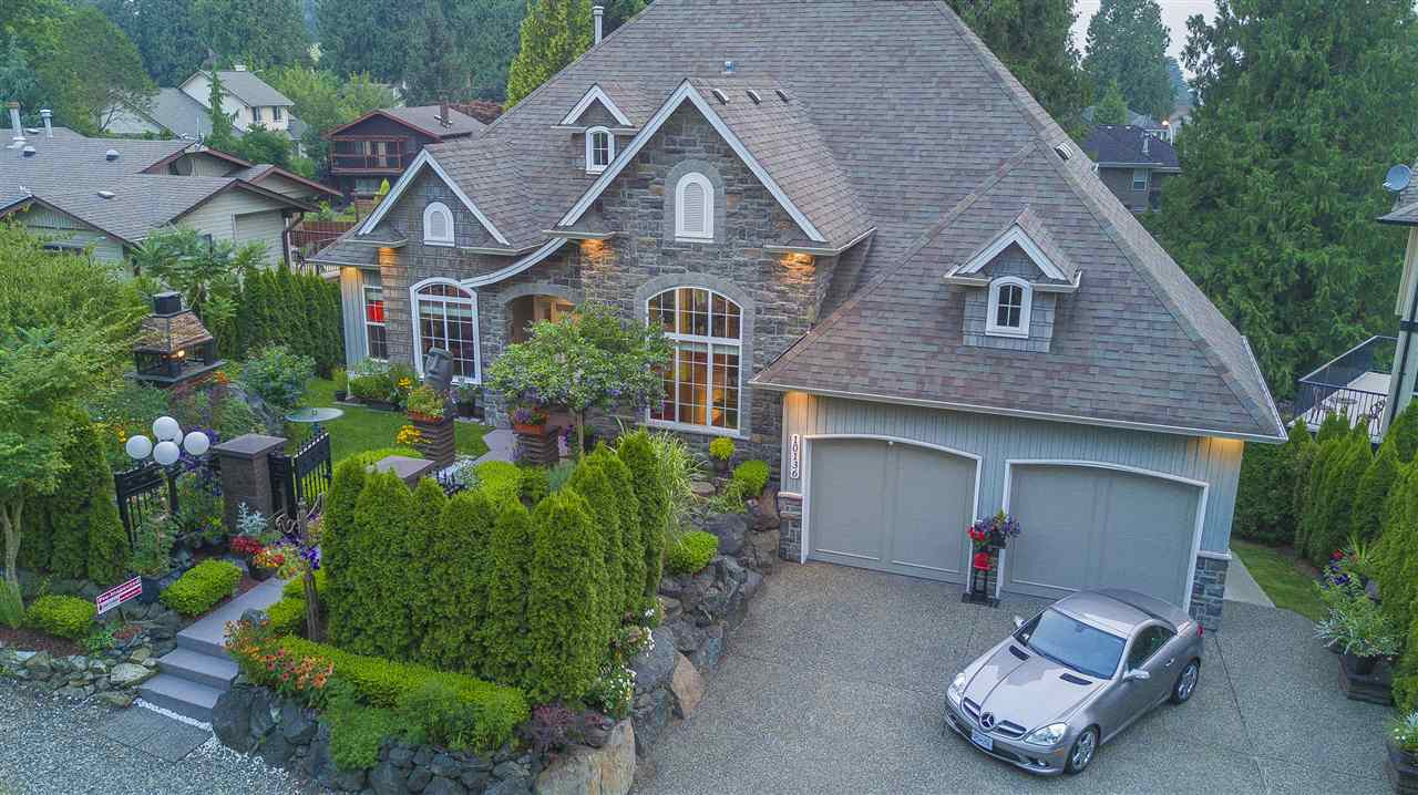 Detached at 10136 KENSWOOD DRIVE, Chilliwack, British Columbia. Image 2